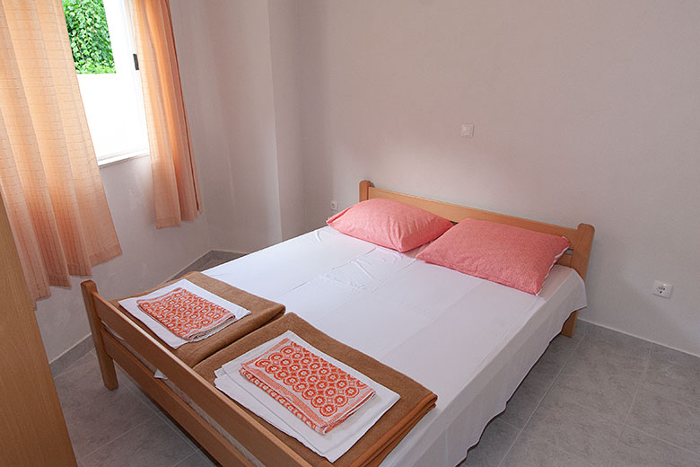 Apartments Ribica, Igrane - bedroom